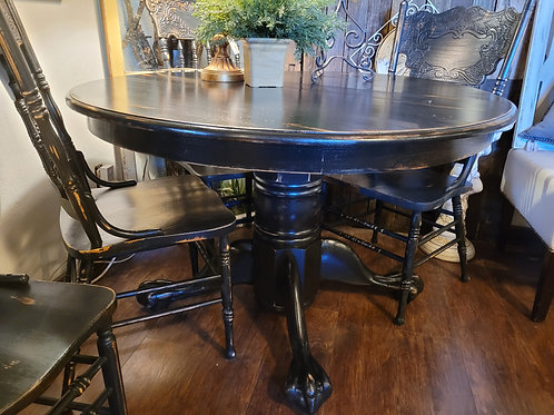 Clawfoot Table W/ 4 Chairs