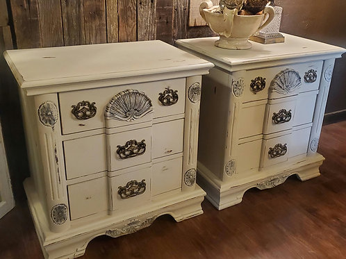 Set of 2 Cream Nightstands