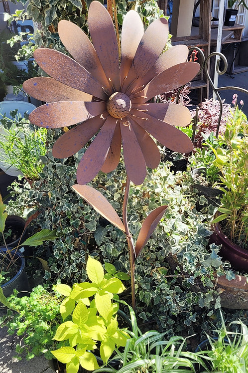 Large Rusty Flower Stake