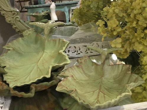 "6"" Cast Iron Leaf Birdbath"