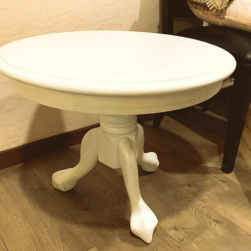 Round Side Table!