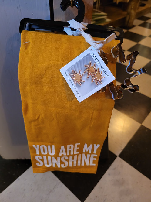 """Sunshine"" Dish Towel & Cookie Cutter Set"