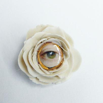 Brosa LVE White Flower II