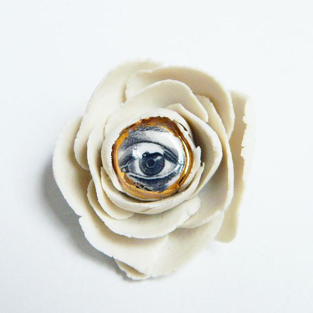 Brosa LVE White Flower III