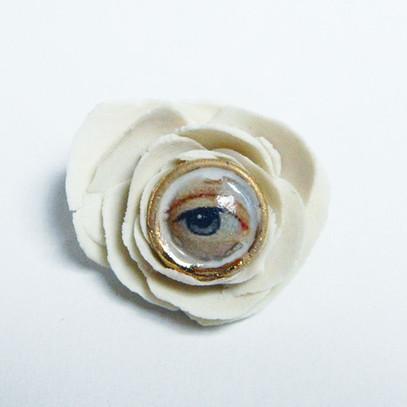 Brosa LVE White Flower IV