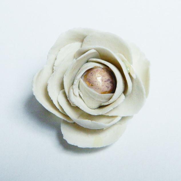 Brosa White Flower
