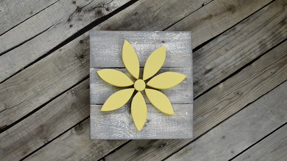 Small Flower Sign - Yellow on Weathered Gray