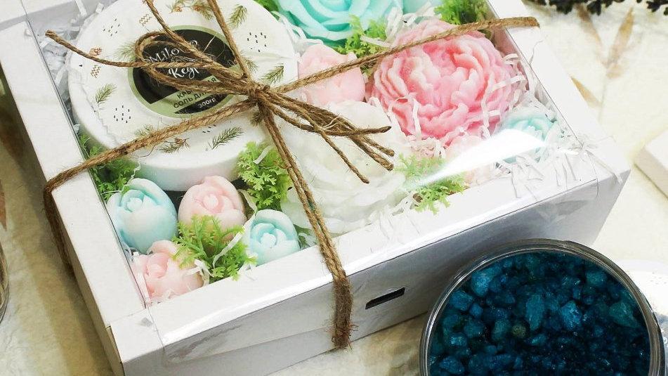 Большой набор цветов из мыла и крымской соли для ванны Кедровая нежность