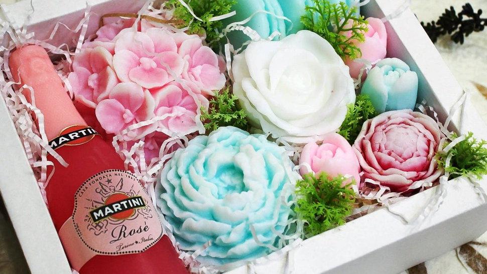 Большой набор цветов из мыла Букет из мыла с розовым Мартини