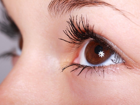 """Are There Contact Lenses For """"Difficult"""" Eyes?"""