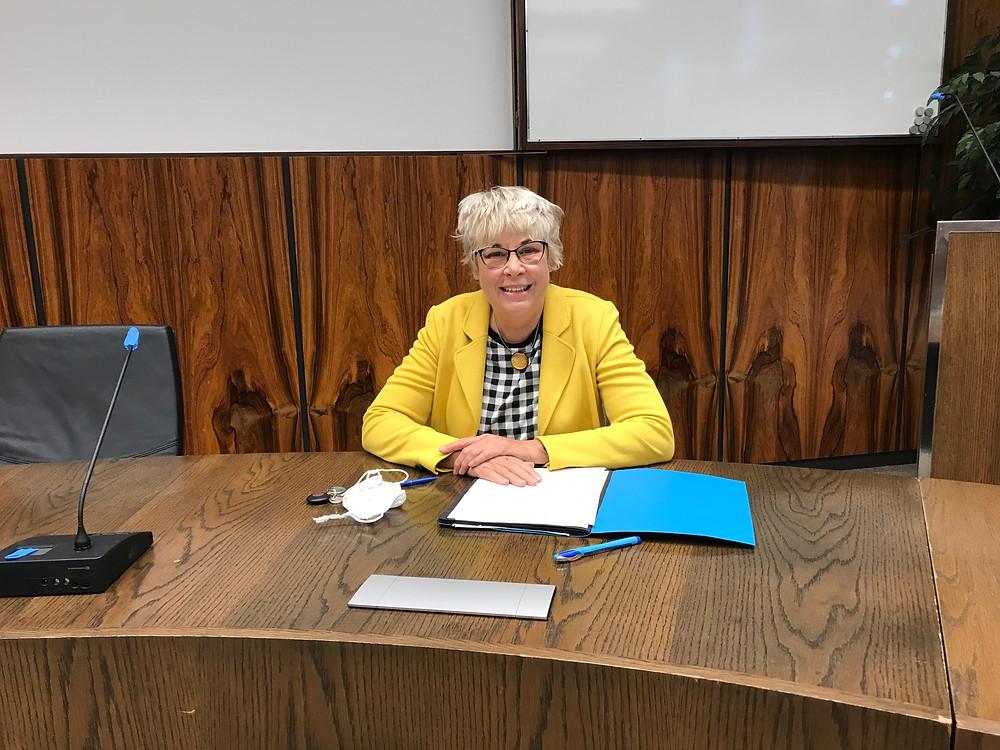 Andrea Hansen im Gemeindewahlausschuss