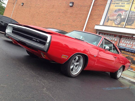 1970_Dodge_Charger.jpg