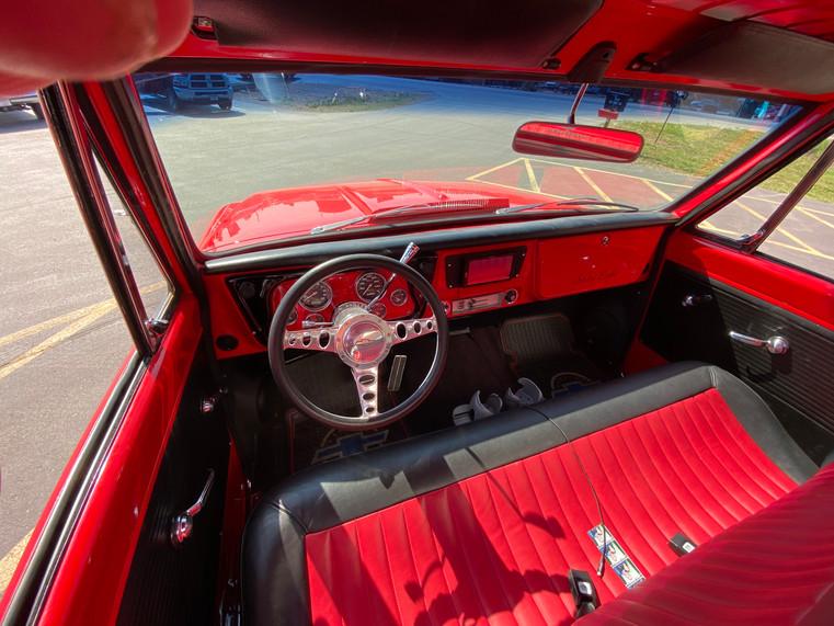 1968 RED CHEVROLET 8.JPG