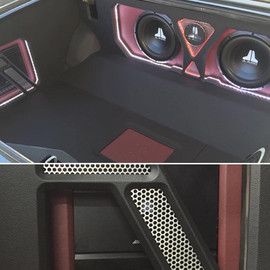 STEREO LAND CUSTOM JL AUDIO.jpg