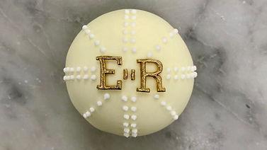 queen-cupcakes.jpg