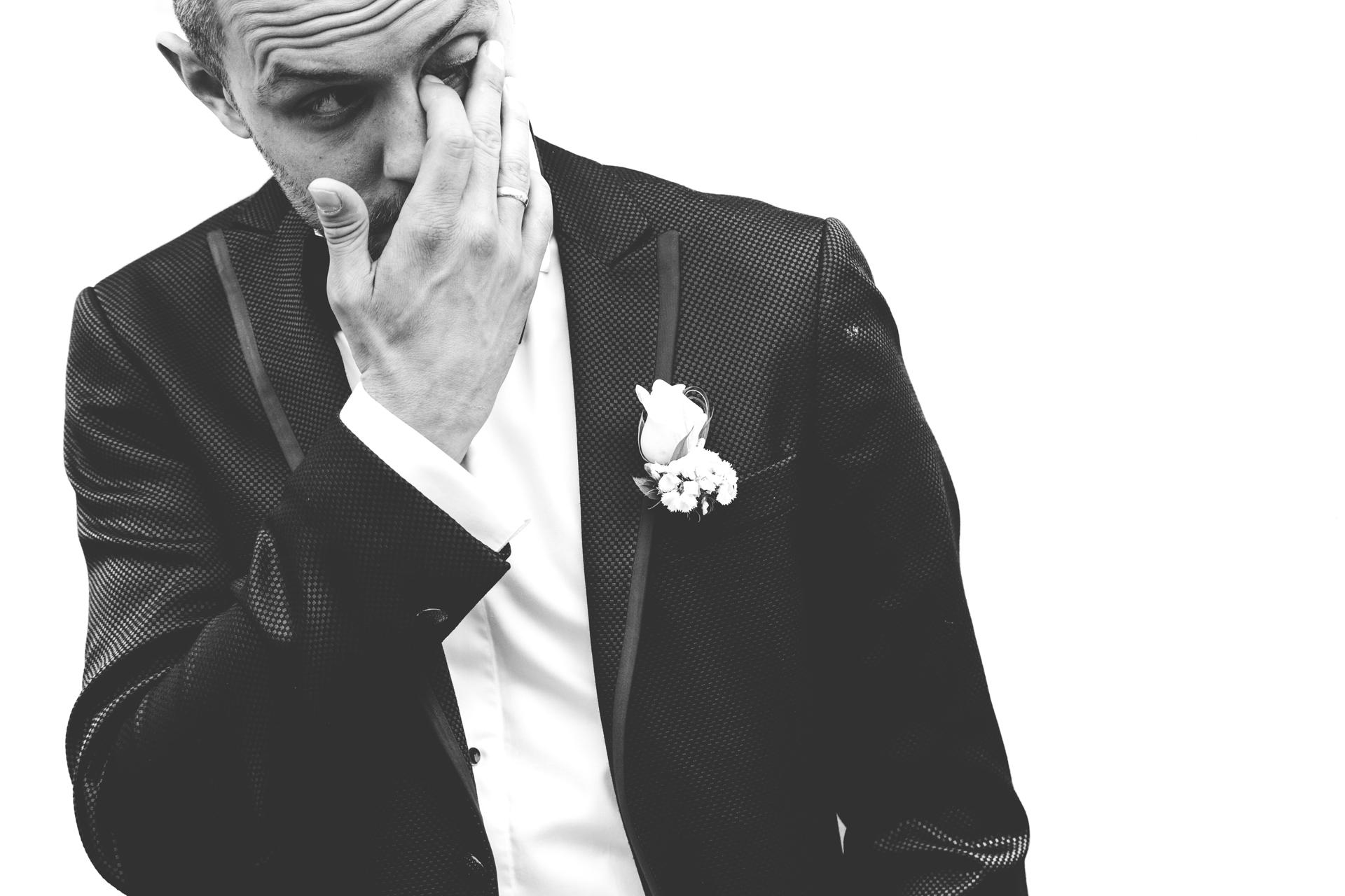 groom photo shoot