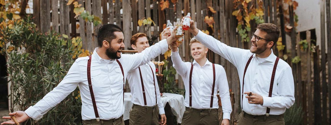 Four men drinking Bärnstein.