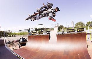 Matt Fairburn H vert bmx_2 B.jpg