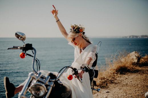 photographe mariage rock en bord de mer en provence roxane nicolas