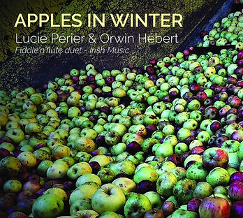 Lucie_Périer_&_Orwin_Hébert_-_Apples_In_