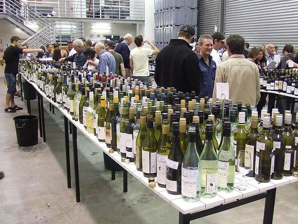 200911_Wine Tasting Room 1109.jpg