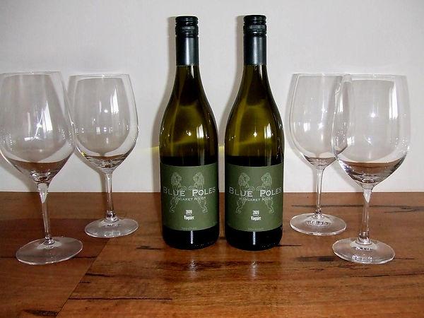 200906_Viognier Bottles 0906(2)_resized.