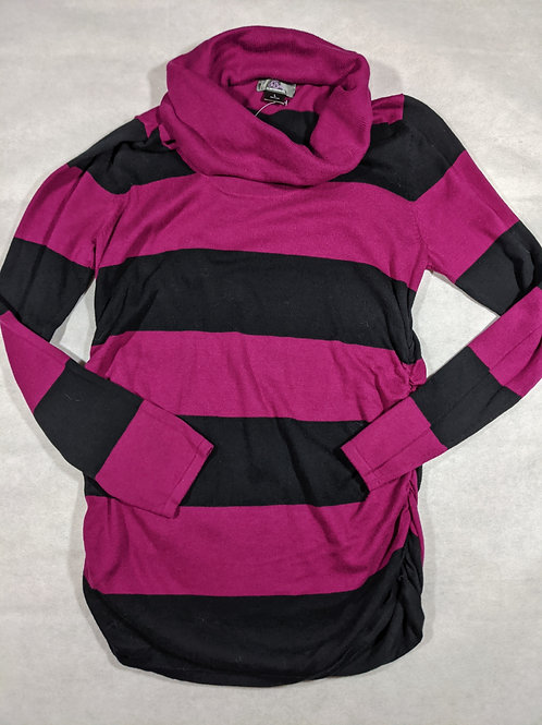 Oh Baby by Motherhood, Turtle Neck Tunic NWT, L
