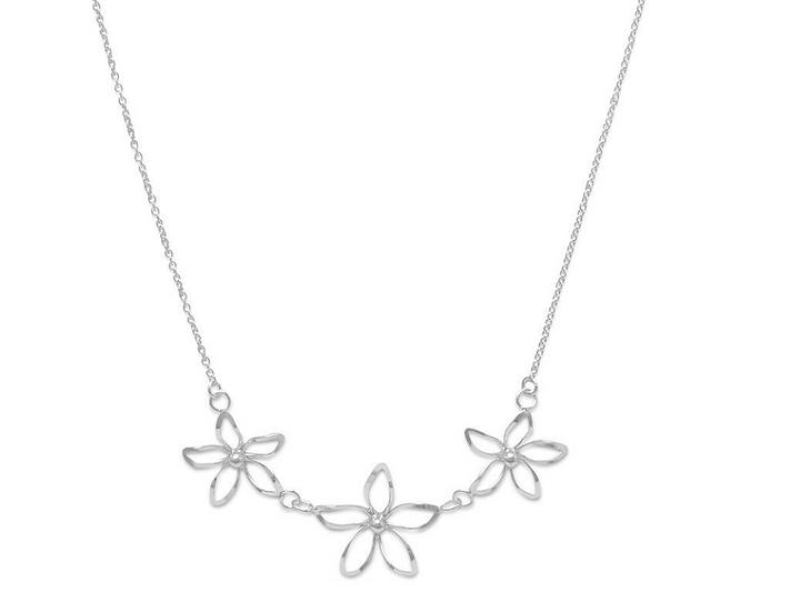 Silver Diamond Cut Flower Necklace