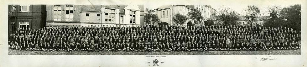 Whole School Photograph 1940