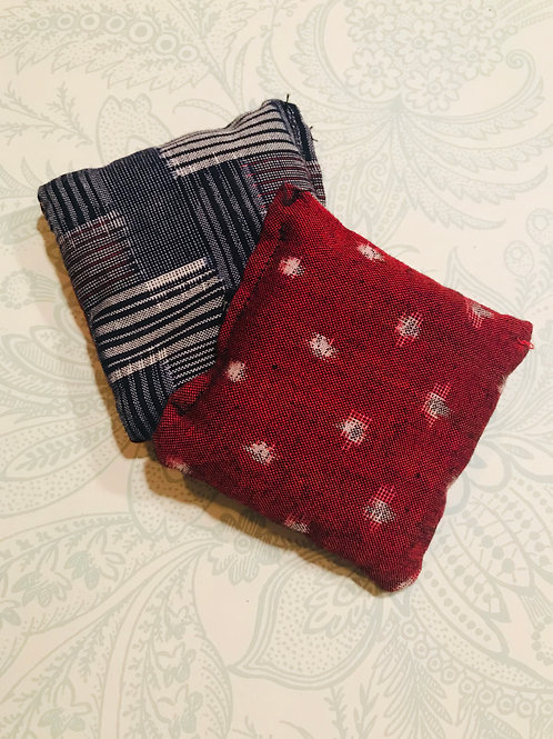 Hand Warmers Red w/dots (set of 2)