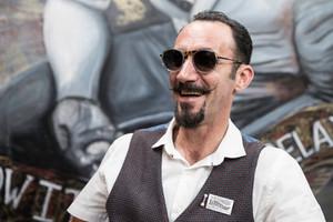 Ohea Opticians - Antonios Barber Shop