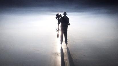 Steadicaming on Ice
