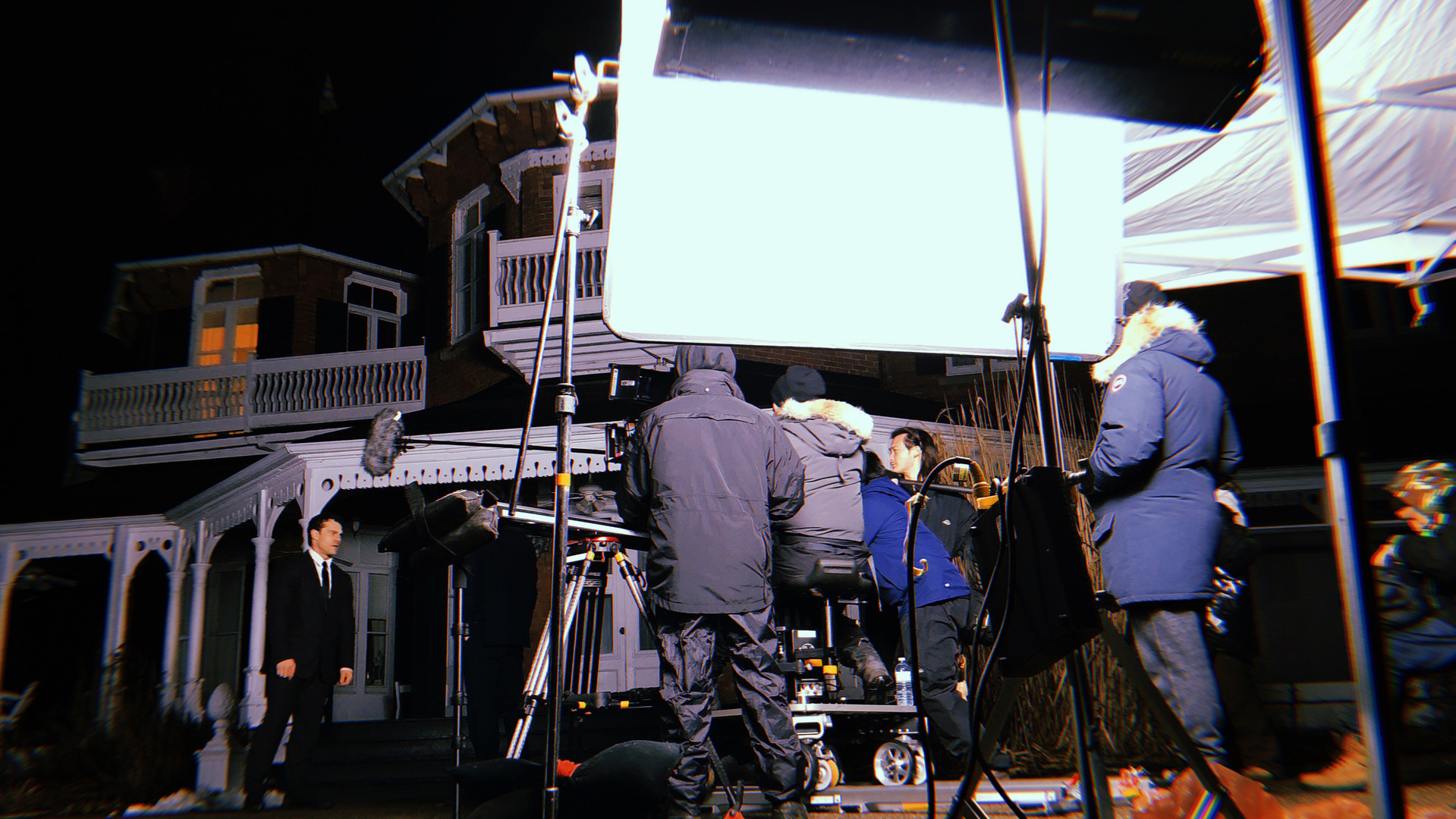 "Behind The Scenes of ""Campton Manor"""