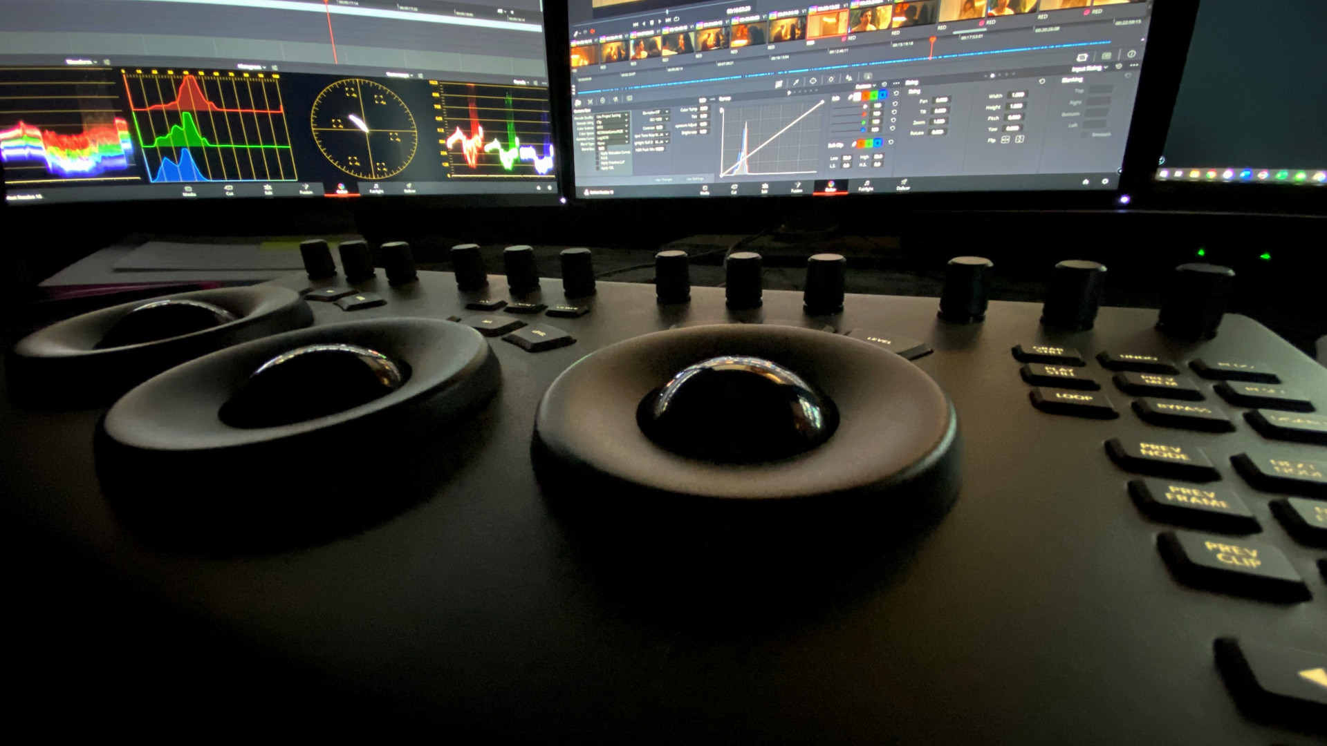 DaVinci Resolve Colour Wheels Controls