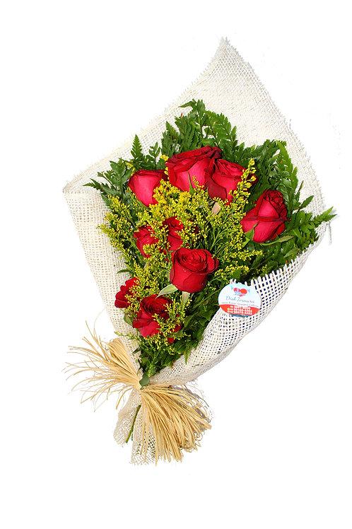 Ramalhete com 09 Rosas