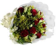 12 rosas tradicional com astromélias