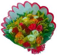 Buquê de 24 rosas coloridas