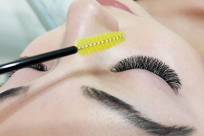 Eyelash extension, model.jpg