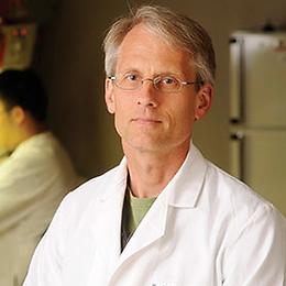 Dr. Paul Goepfert
