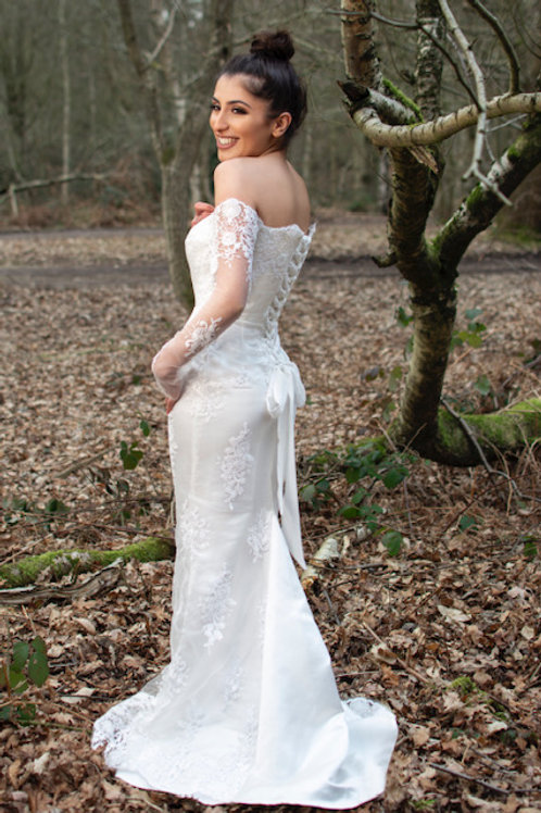 Saint A Hera Wedding Dress in Off White