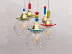 חמש מנורות צבעוניות מזכוכית עם נורות לד דמוי פחם