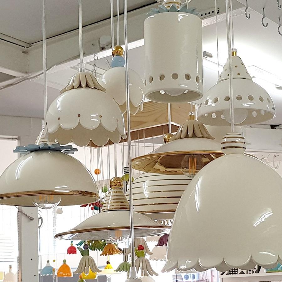 מנורות קרמיקה מיוחדות עיטור זהב.jpg