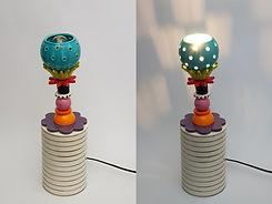 """טוטם קטן צבעוני מאיר מנורה שולחנית - גובה 42 ס""""מ - 950 ש""""ח"""