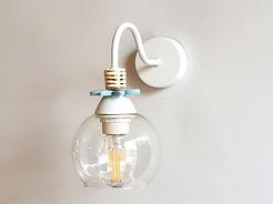 """דגם 12 - מנורת קיר - לבן, תכלת וזהב - קוטר 12 ס""""מ - 340 ש""""ח"""