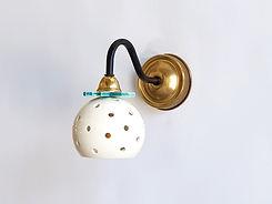 """דגם 13 - מנורת לילה קטנה מקרמיקה - קוטר 10 ס""""מ - 450 ש""""ח"""