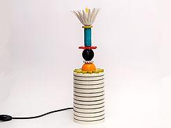 """טוטם צבעוני מורכב מחרוזי קרמיקה צבעוניים - גובה 45 ס""""מ - 950 ש""""ח"""