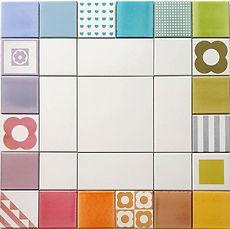 מסגרת מרובעת צבעונית למשטח שמעל הכיריים במטבח