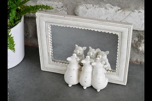 picture frame mirror with 3 little piggies H15cm W21cm D5cm
