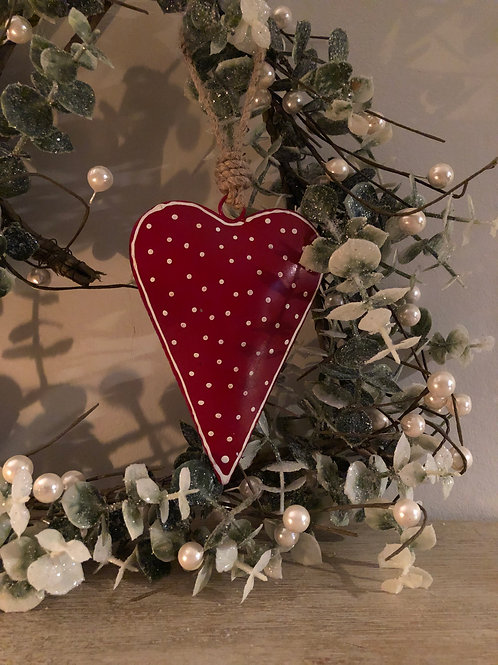hanging red/white polka dot nordic heart H13cm W9cm L23 incl jute string