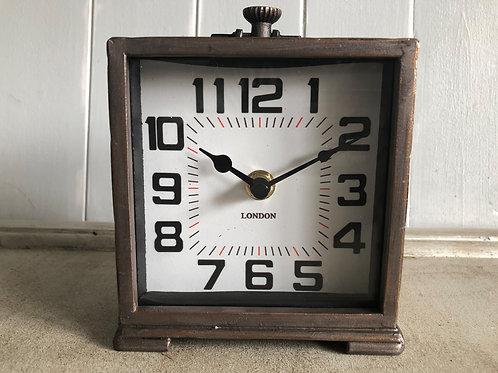 desk mantle clock metal H13cm W11.7cm